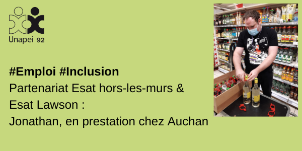Partenariat ESAT Hors-les-murs & ESAT S. Lawson : Jonathan, en prestation installation d'antivols chez Auchan